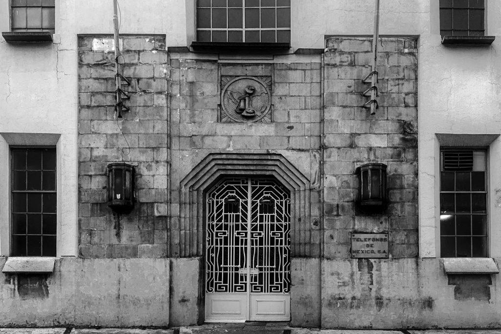 La Tabacalera: Edificio de Teléfonos de México