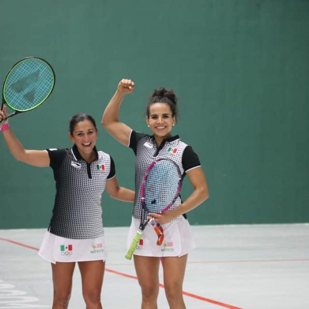 Pelota vasca: Lima 2019, María Guadalupe Hernández y Ariana Cepeda, campeonas en frontenis doble femenil. Imagen: Conade ©