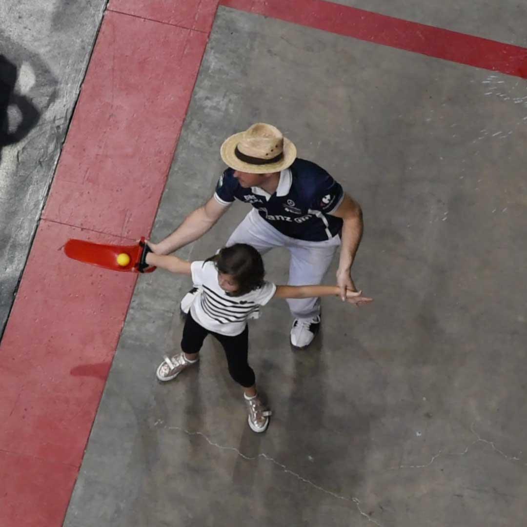 Beneficios del deporte en la infancia, el caso del jai alai
